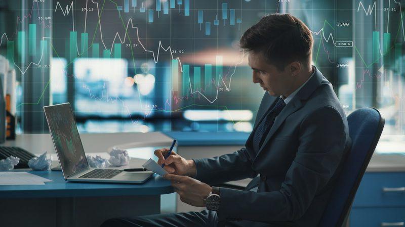 Quali sono i vantaggi e le caratteristiche del trading online?